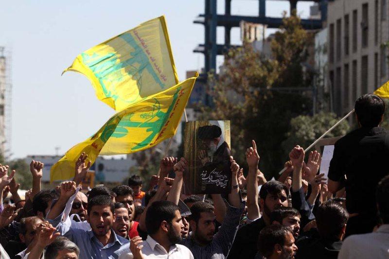 حمید استاد - دبیر انصار حزب الله مشهد - راهپیمایی در محکومیت به پیامبر اعظم